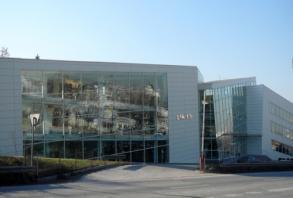 SIRIUS - Office & trade building